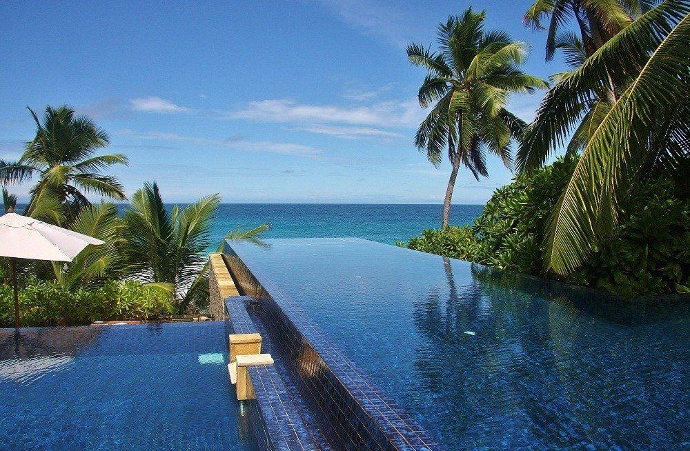 Banyan Tree Seychelles Hotel, Seychelles   Infinity Pools