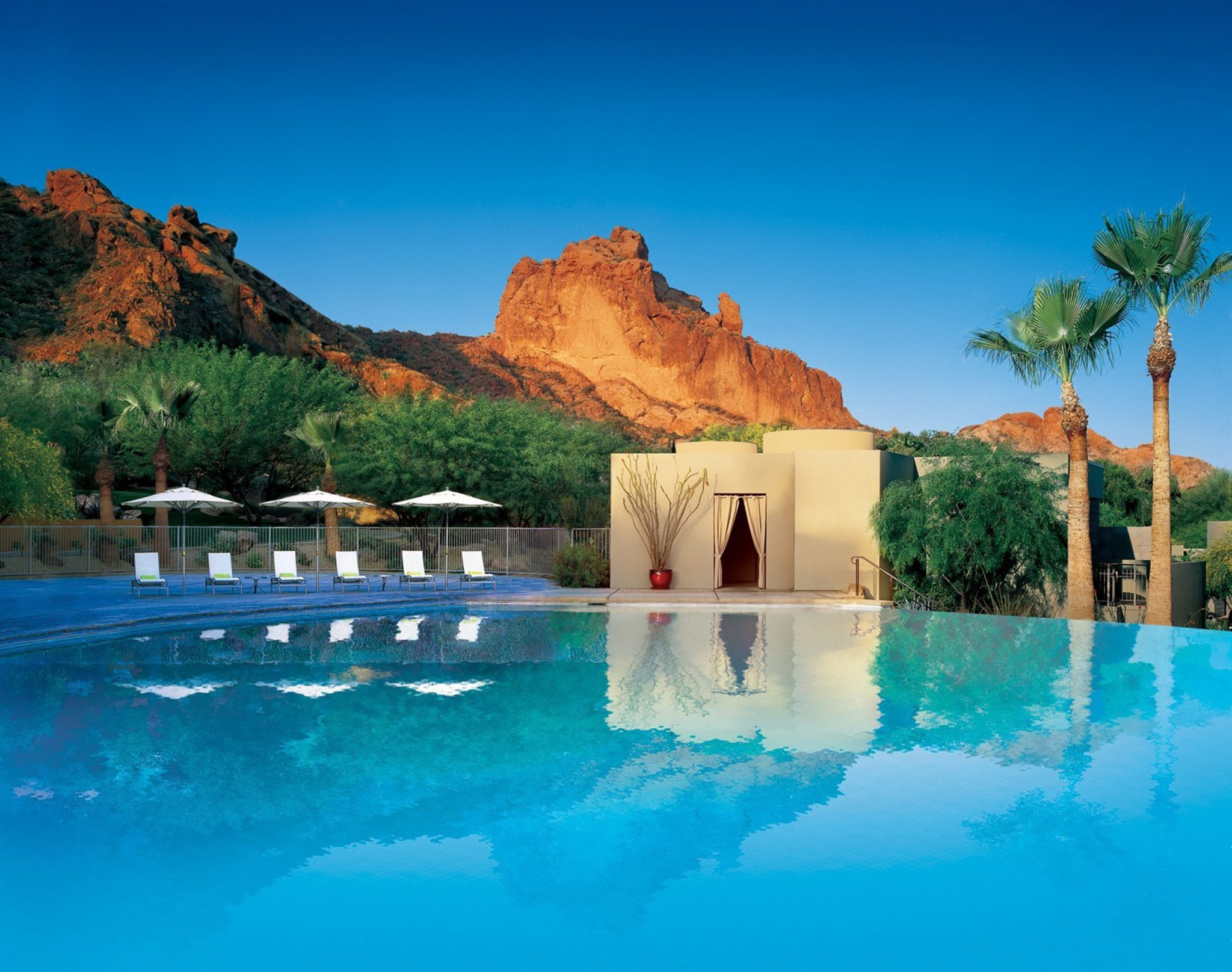 Sanctuary on camelback mountain arizona usa infinity pools for Best us spa resorts