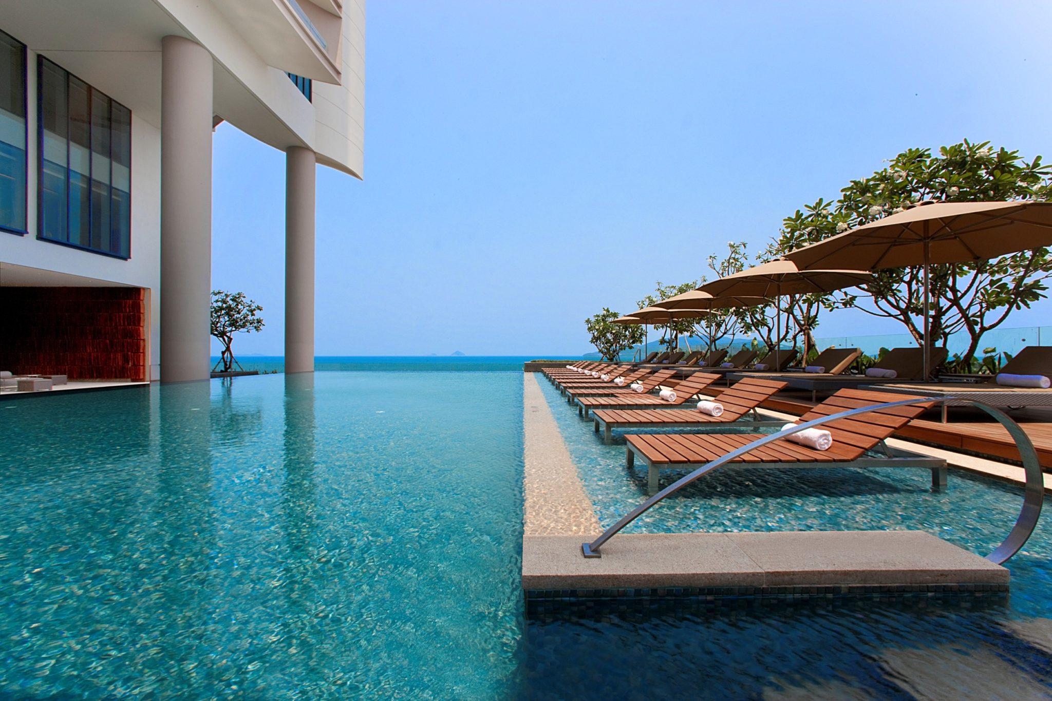 Sheraton Nha Trang Hotel and Spa, Vietnam  Infinity Pools