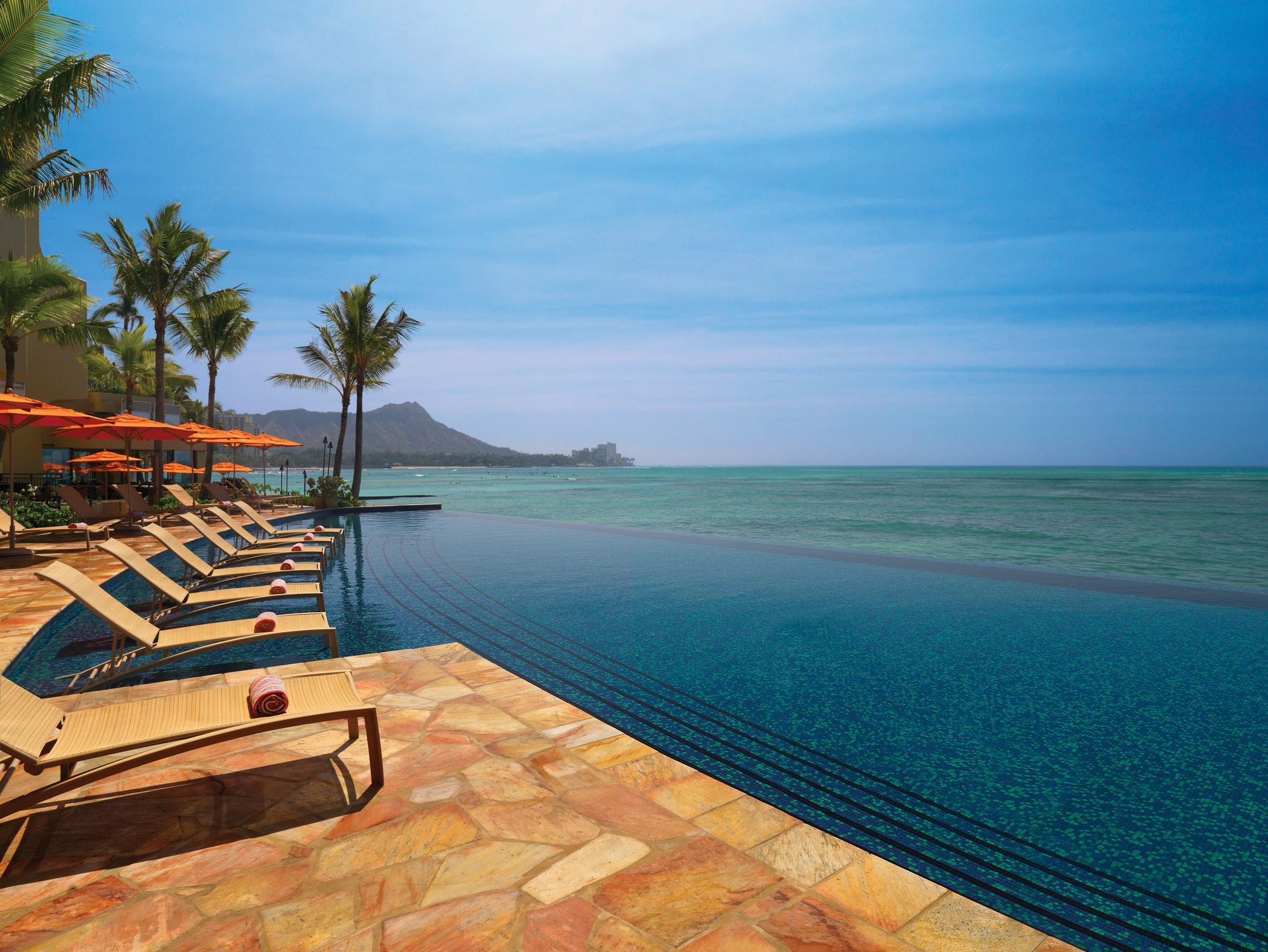Best Hotel Pools In Waikiki