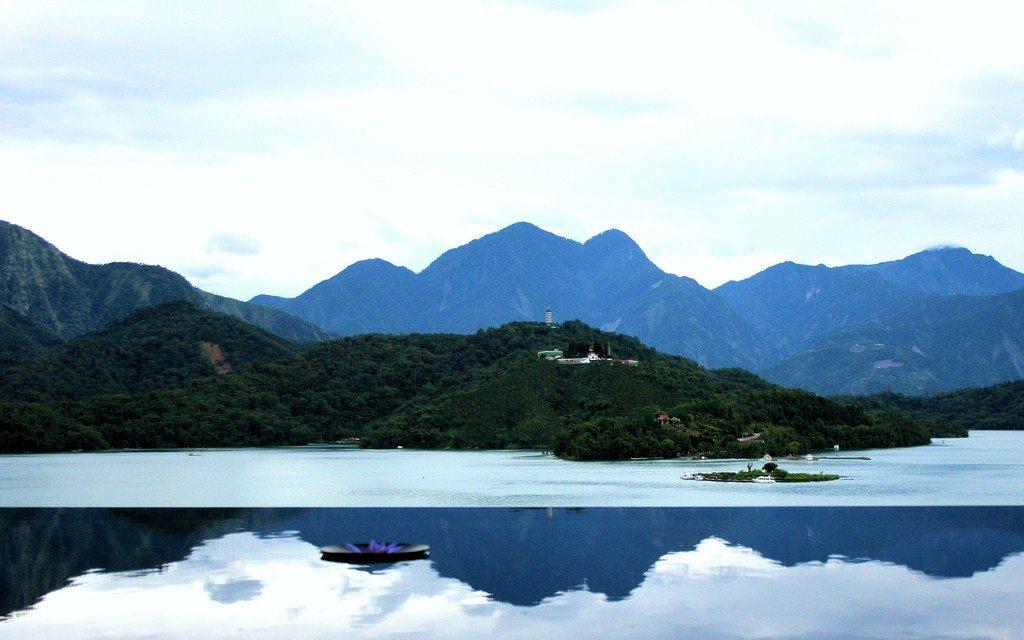 The Lalu Sun Moon Lake, Taiwan | Infinity Pools