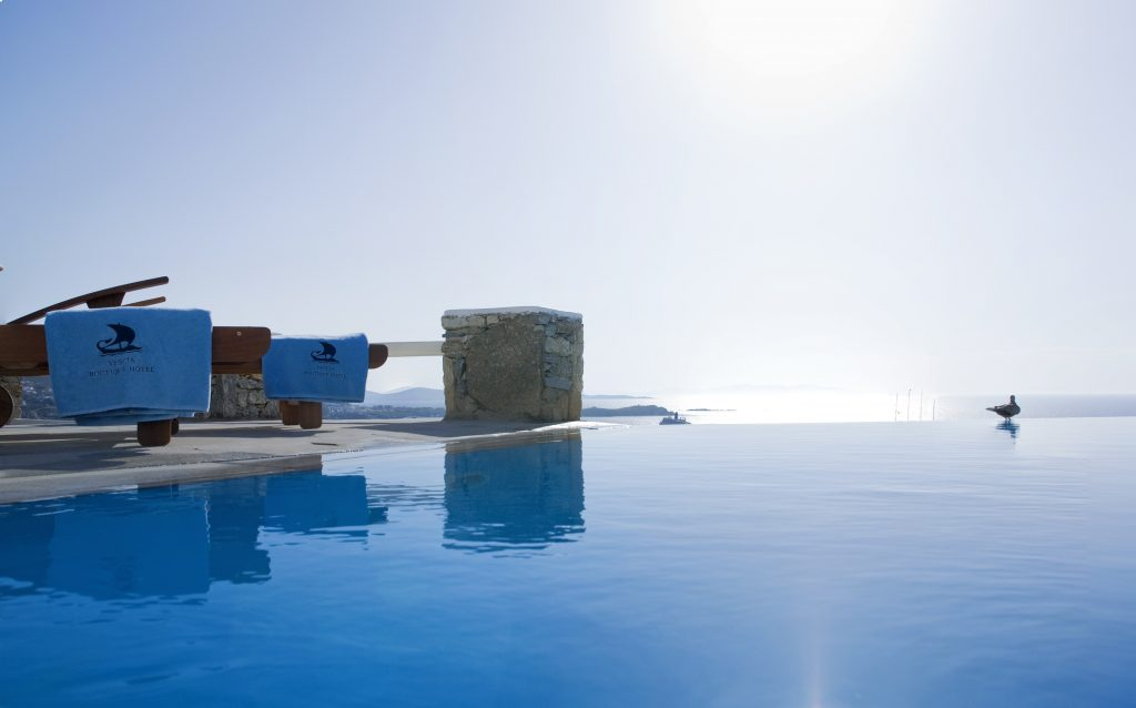 Vencia boutique hotel greece infinity pools - Infinity pool europe ...