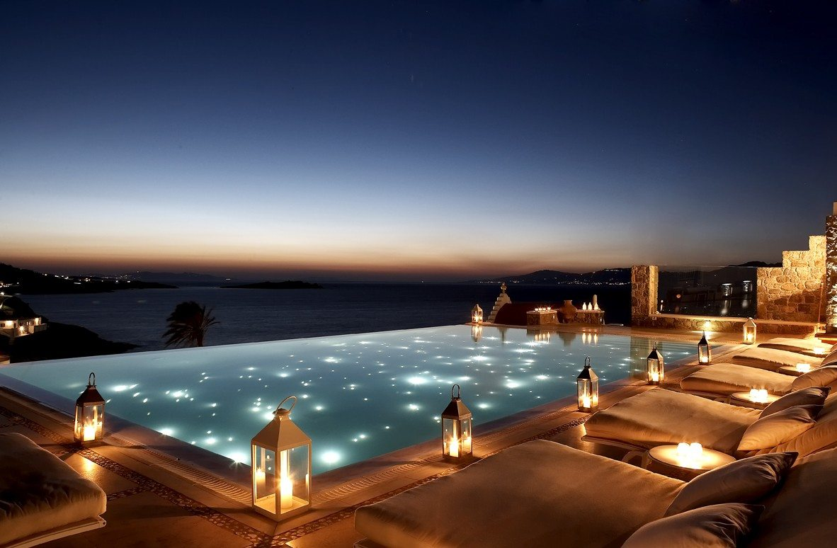Bill coo suites and lounge greece infinity pools for Swimmingpool billig