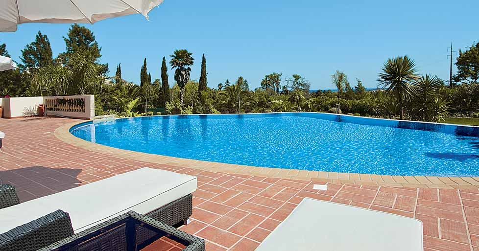 Los Arcos Lagos In Algarve Infinity Swimming Pools
