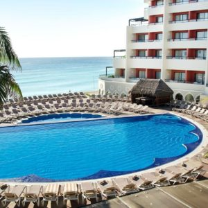 Crown Paradise Club, Mexico 4