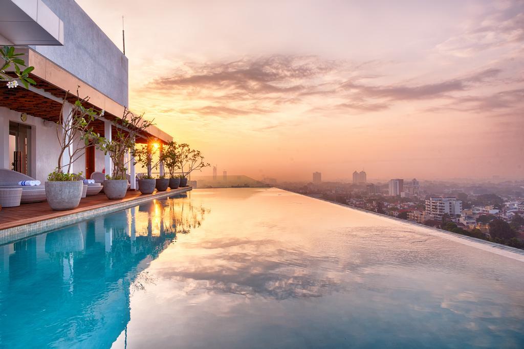Jetwing Colombo Seven Colombo Sri Lanka Infinity Pools